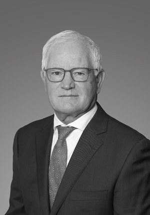 Dennis Dornbier black and white