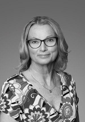 Kathy Lamb black and white