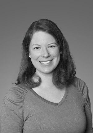 Sara Schaenzer black and white