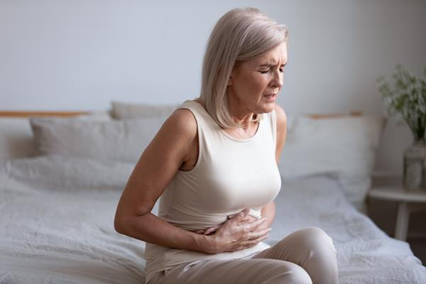 ovarian cyst woman sitting